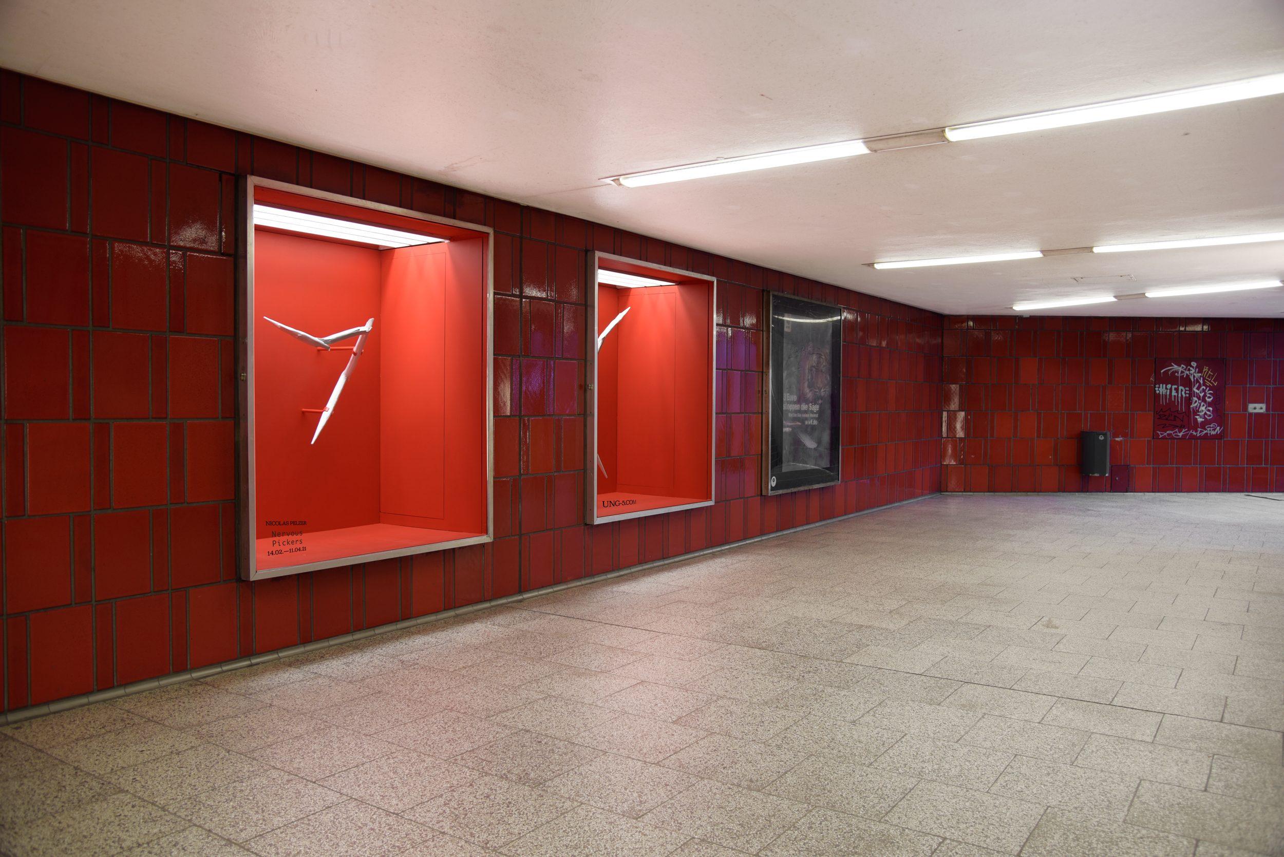 Nicolas Pelzer Nervous Pickers Installation View